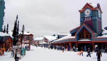 Adventure Skiing